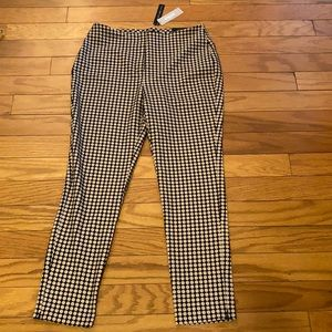 Black Label by Chico's Dotted Slim Ankle Pants